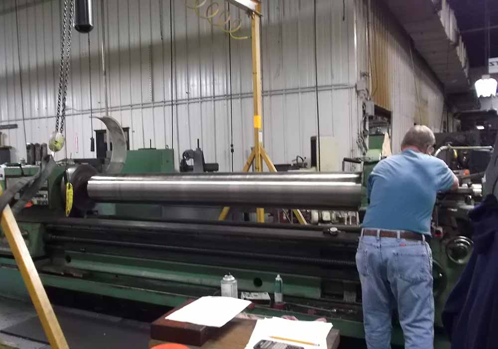25 Ft Manual Lathe